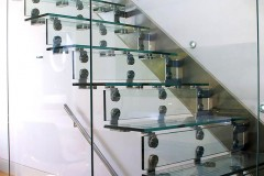 Cantilever Glass Staircase 02ss