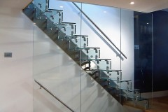 Cantilever Glass Staircase 04s