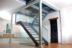 Foots_Cray_Glass_Staircase_01